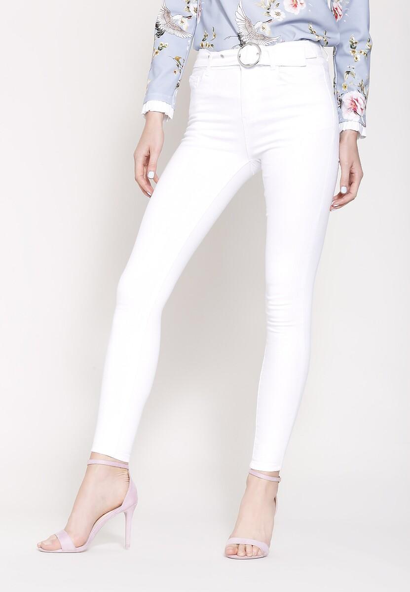 Białe Jeansy Started Now