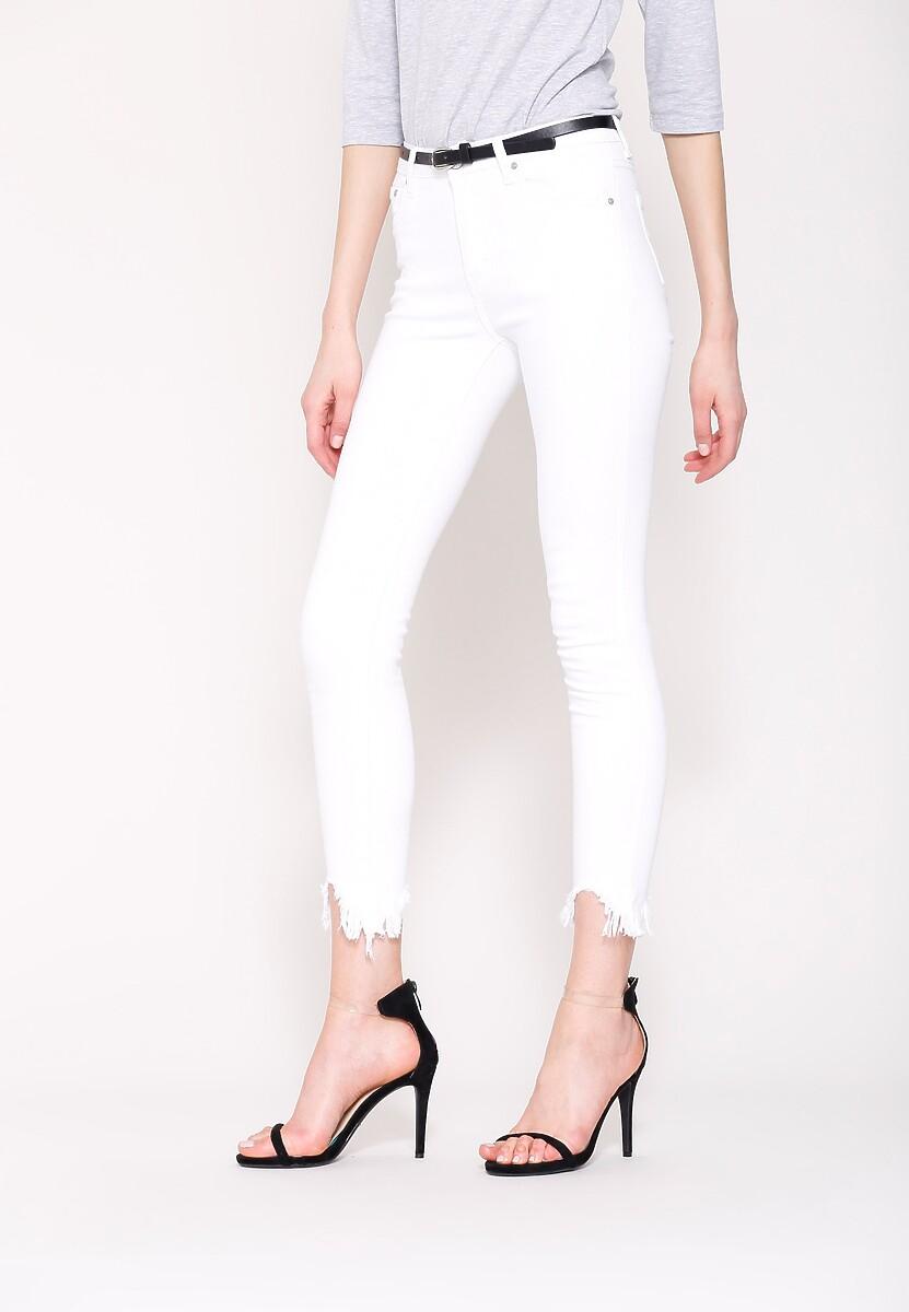 Białe Jeansy High Enough