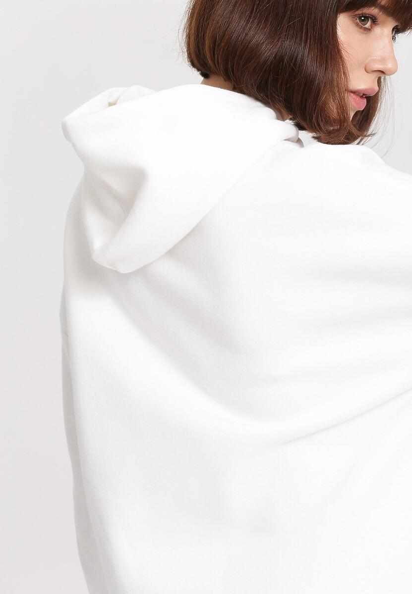 Biała Bluza Name Of Street