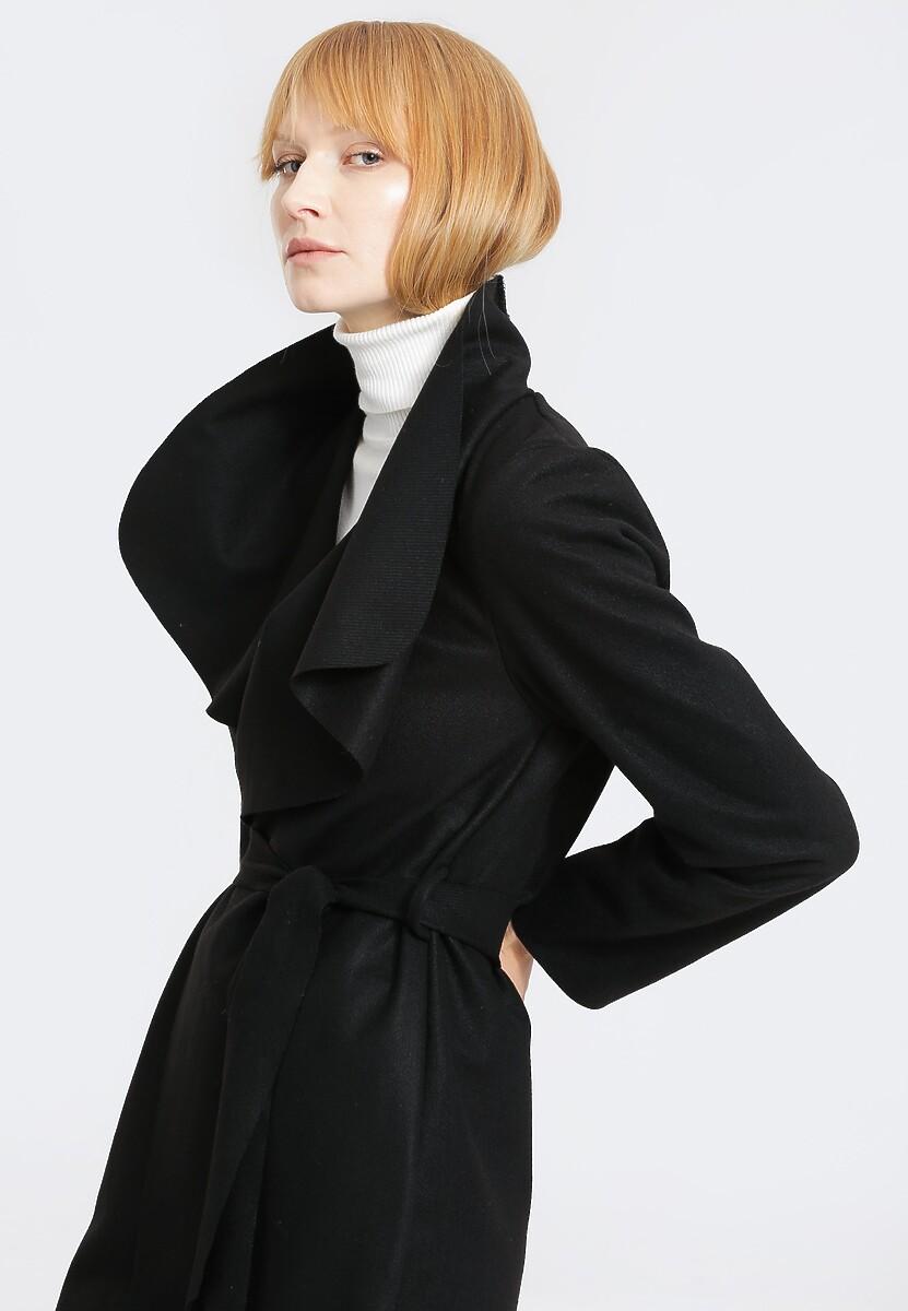 Czarny Płaszcz Never Going Back