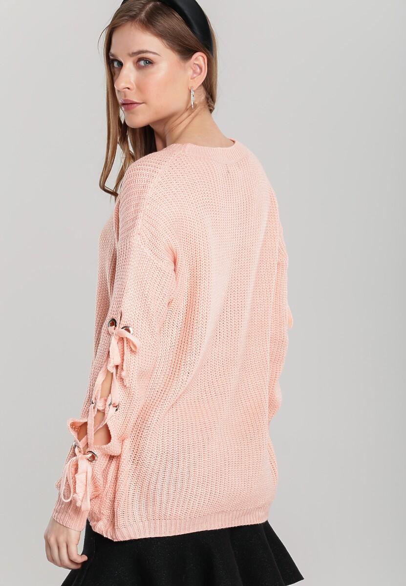 Jasnoróżowy Sweter Equally
