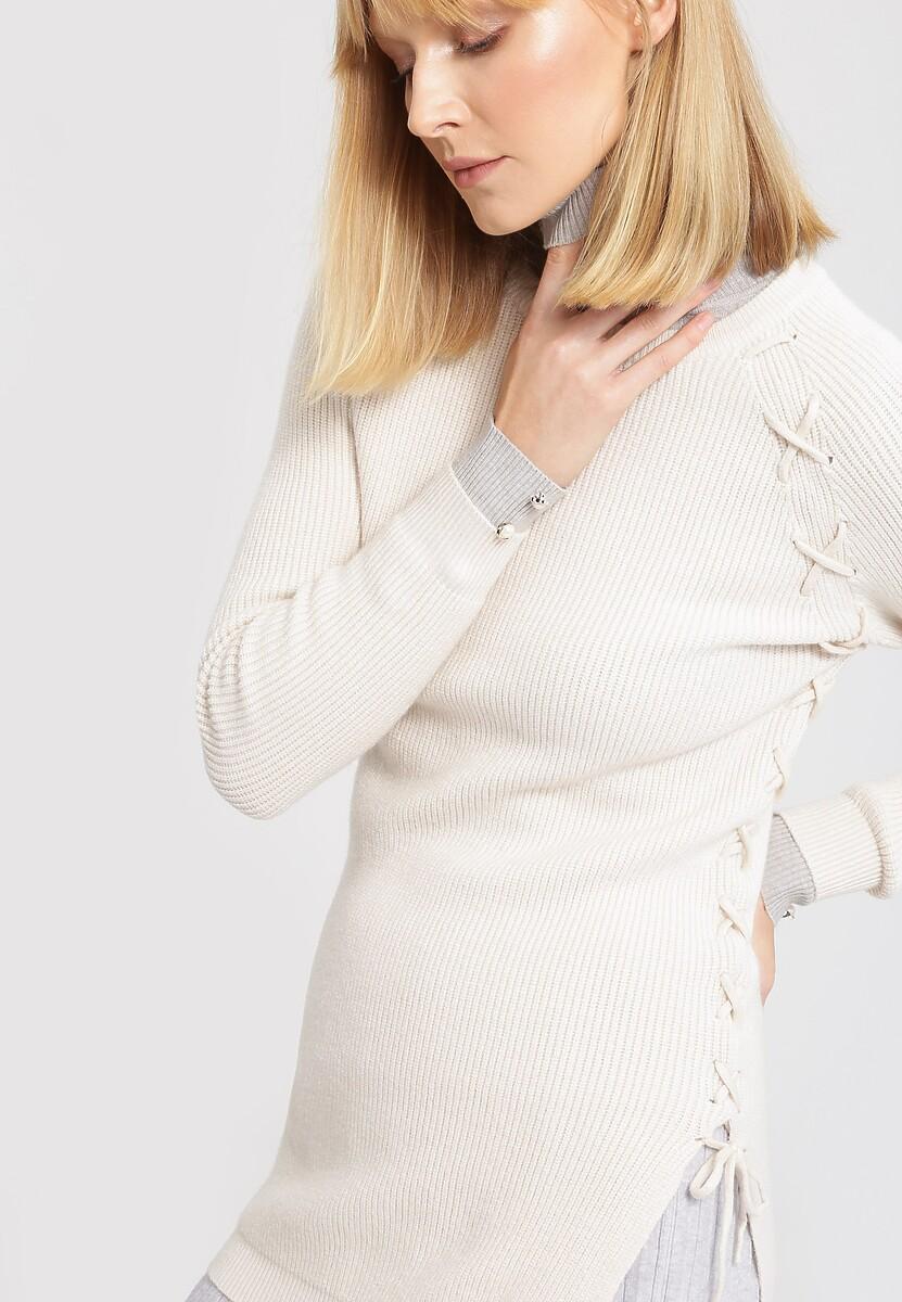 Kremowy Sweter Pow Wow