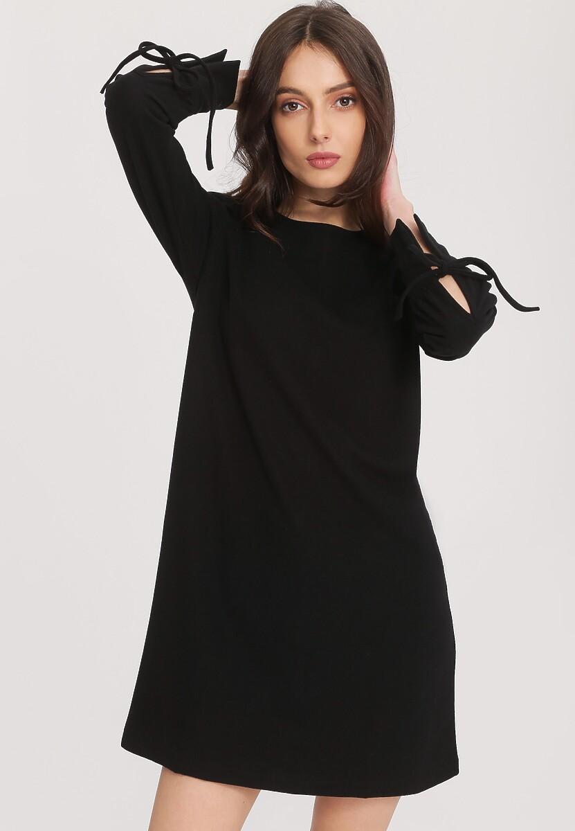 Czarna Sukienka Cognition
