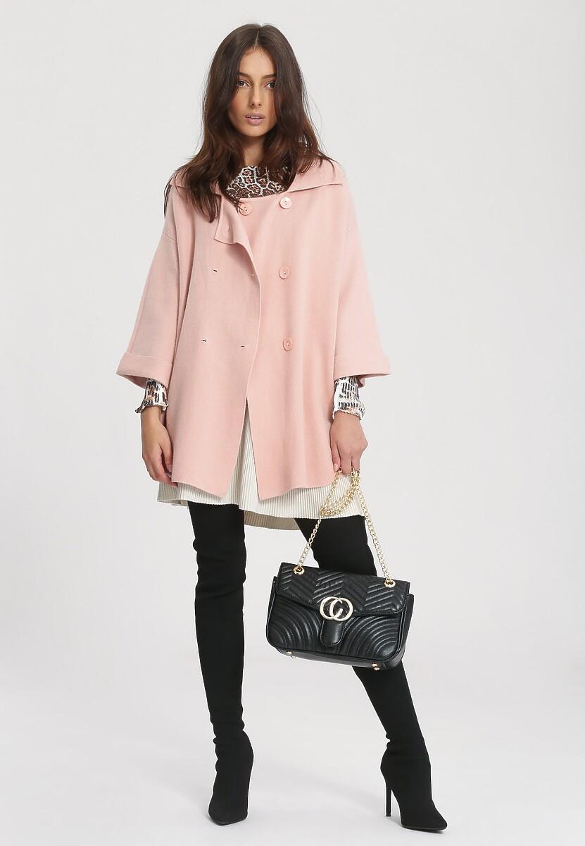 Różowy Płaszcz International
