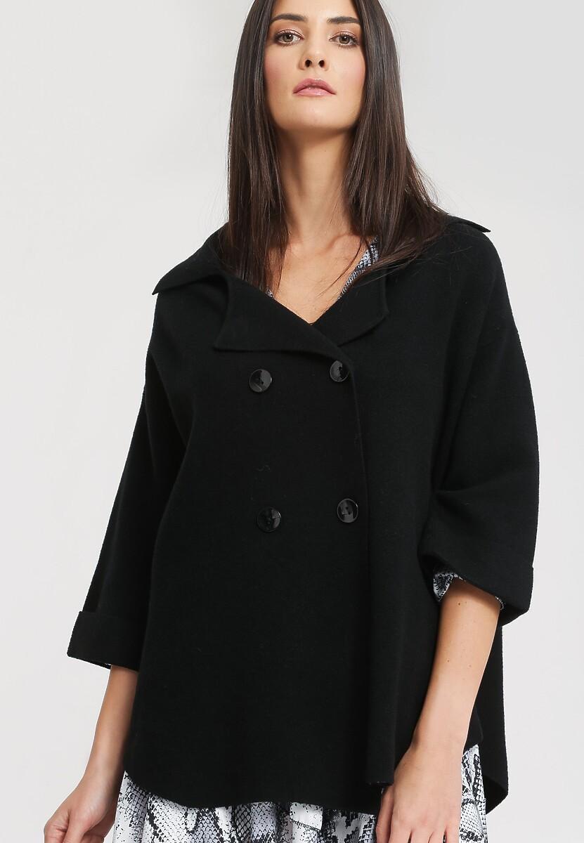 Czarny Płaszcz International