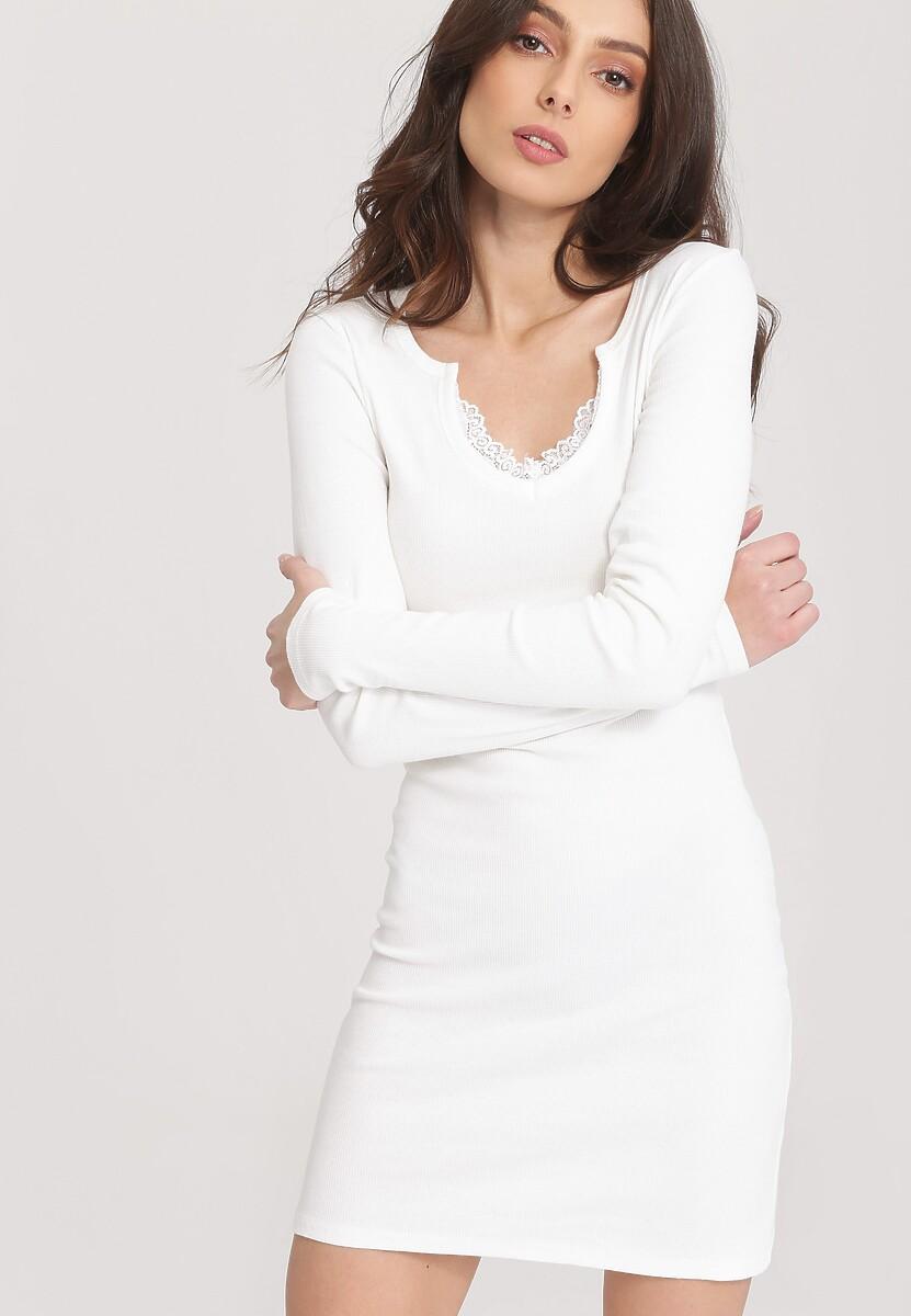 Biała Sukienka Take Into