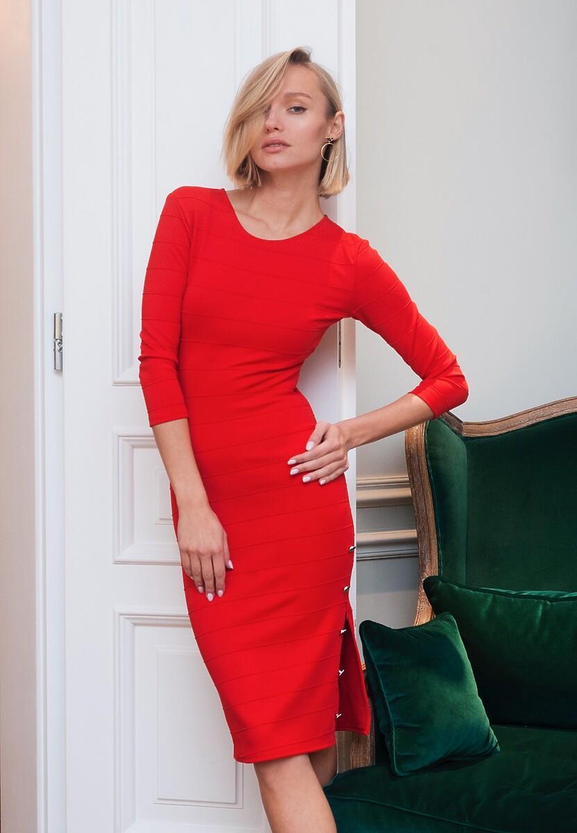 Czerwona Sukienka  Young and Beautiful