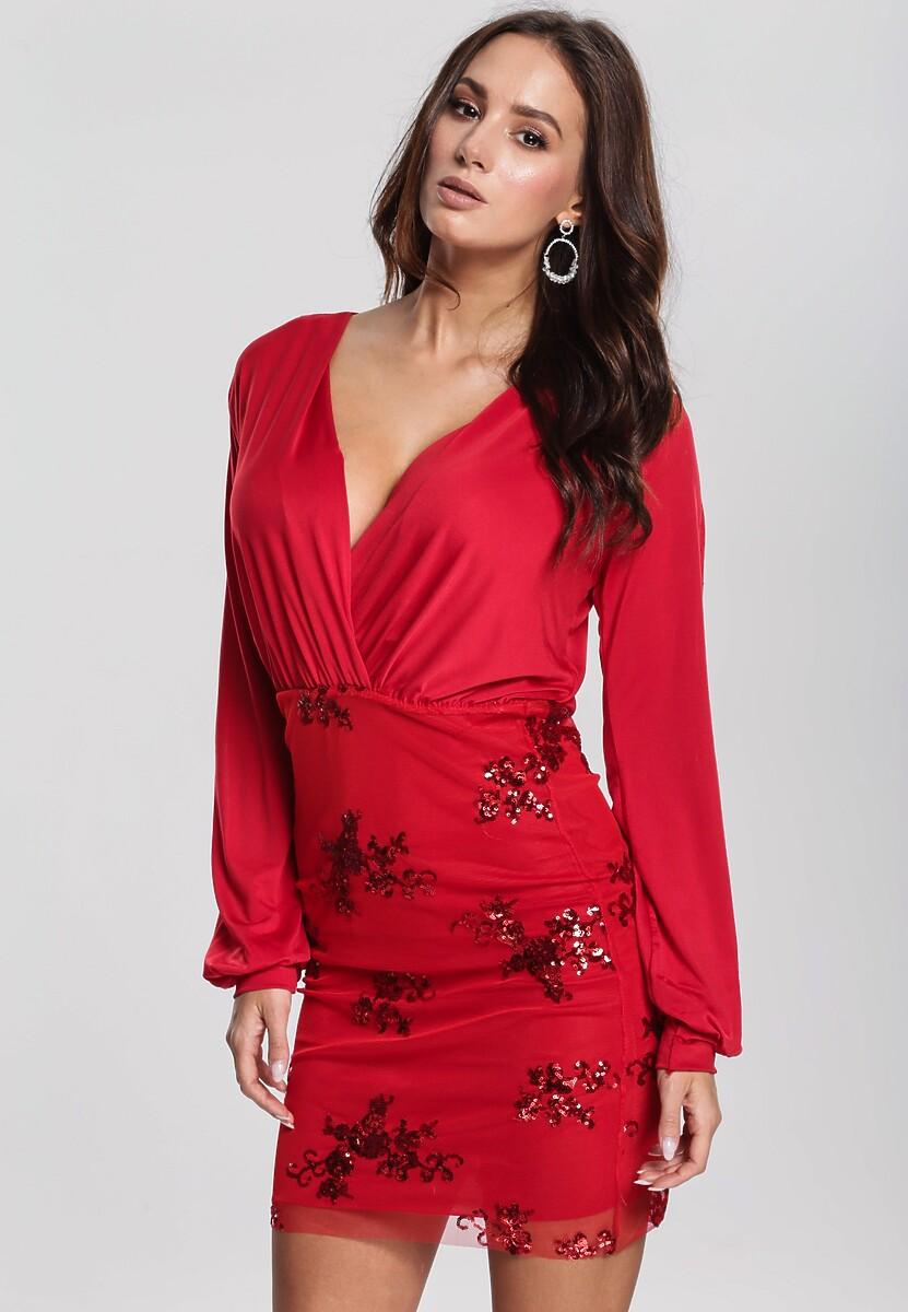 Czerwona Sukienka Unattached