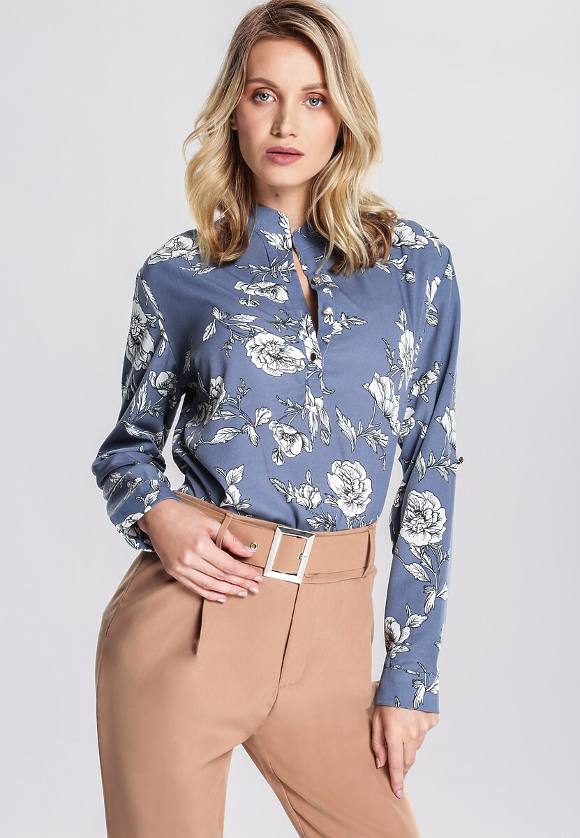 Niebieska Koszula Make A Good Impression