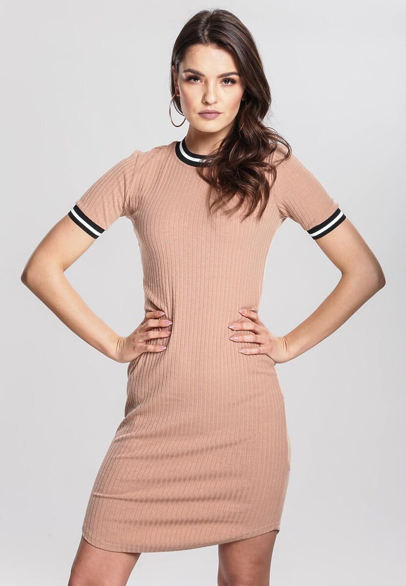 Łososiowa Sukienka Pertinacious