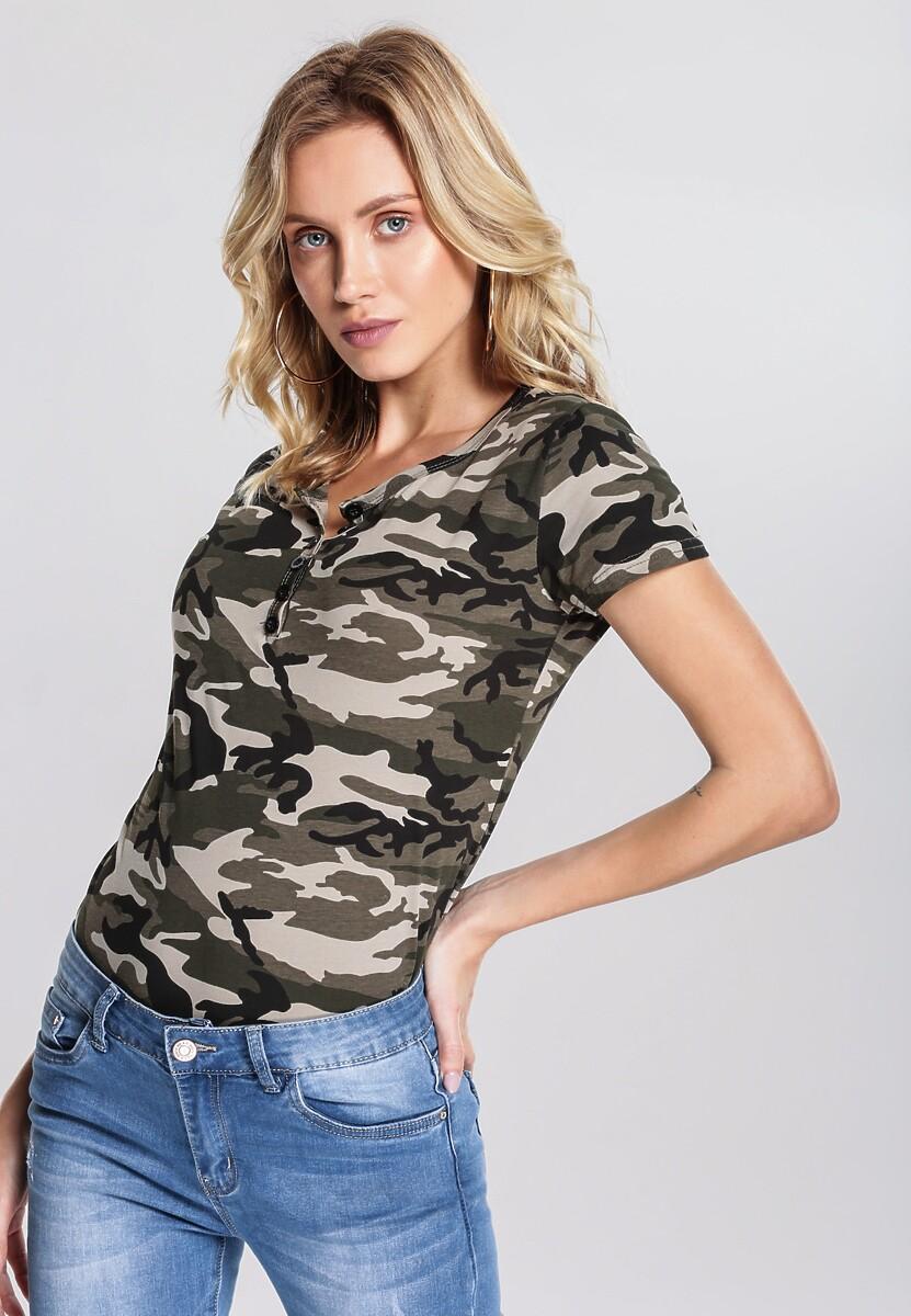 Khaki T-shirt Incalculably