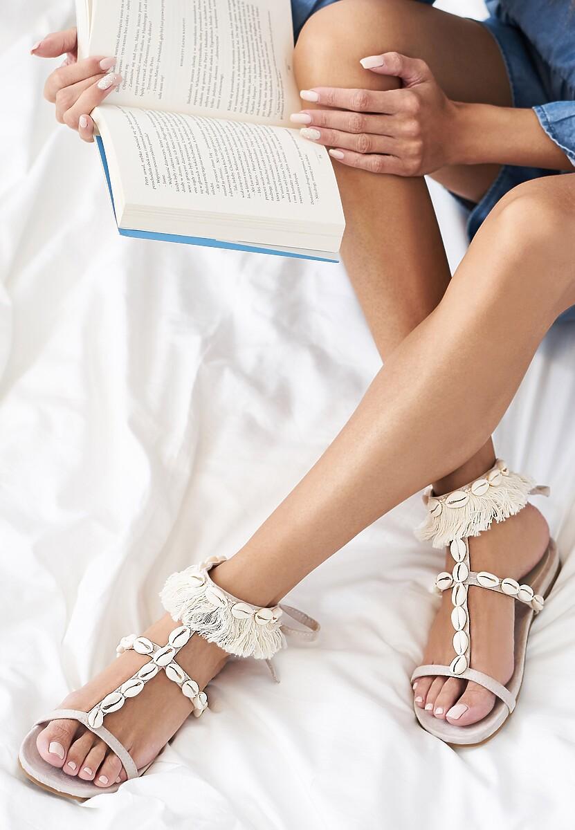 Jasnobeżowe Sandały Mistresses