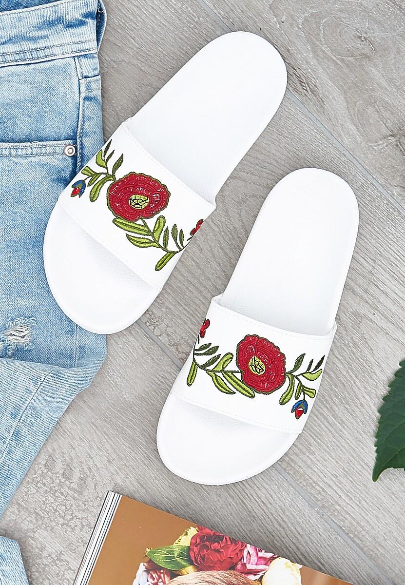 Białe Klapki Rosebud