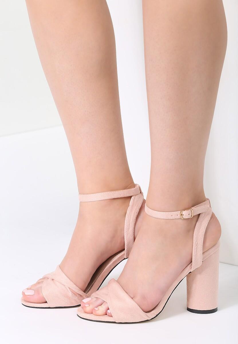 Różowe Sandały Cautiously Optimistic