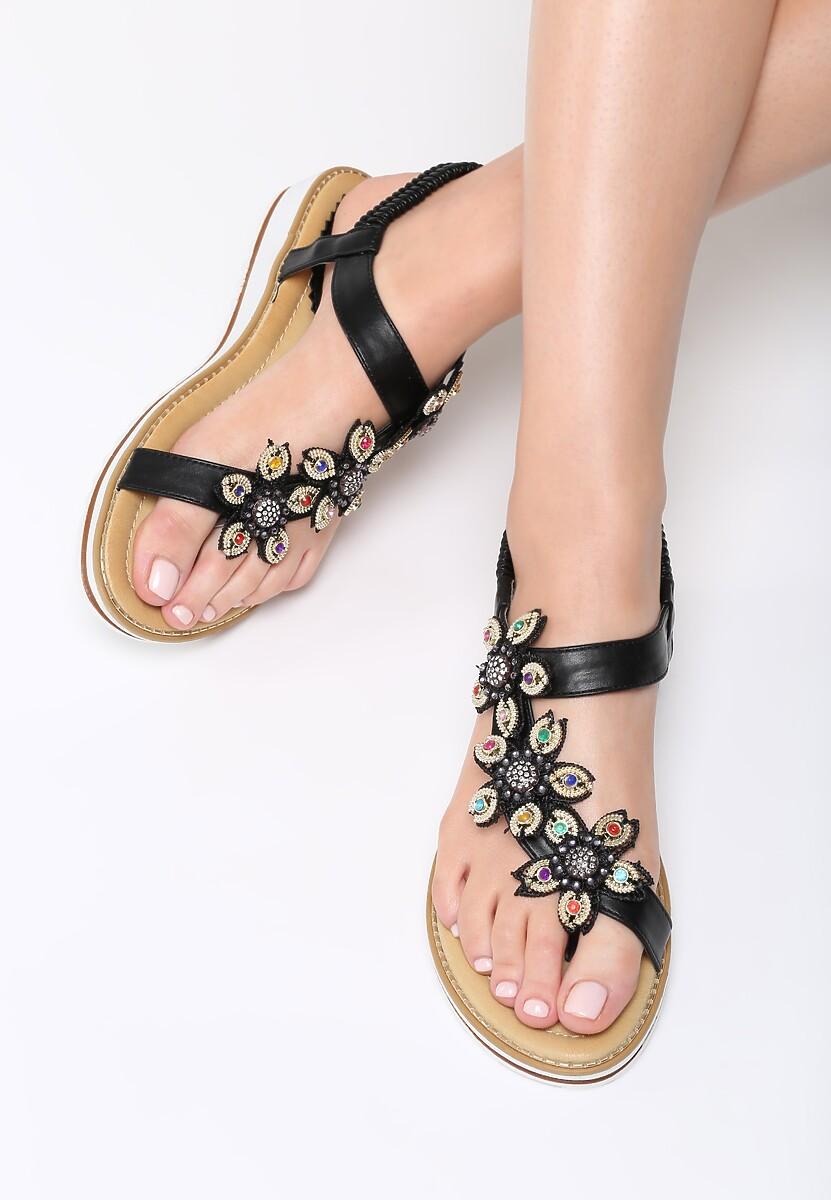 Czarne Sandały Saffron