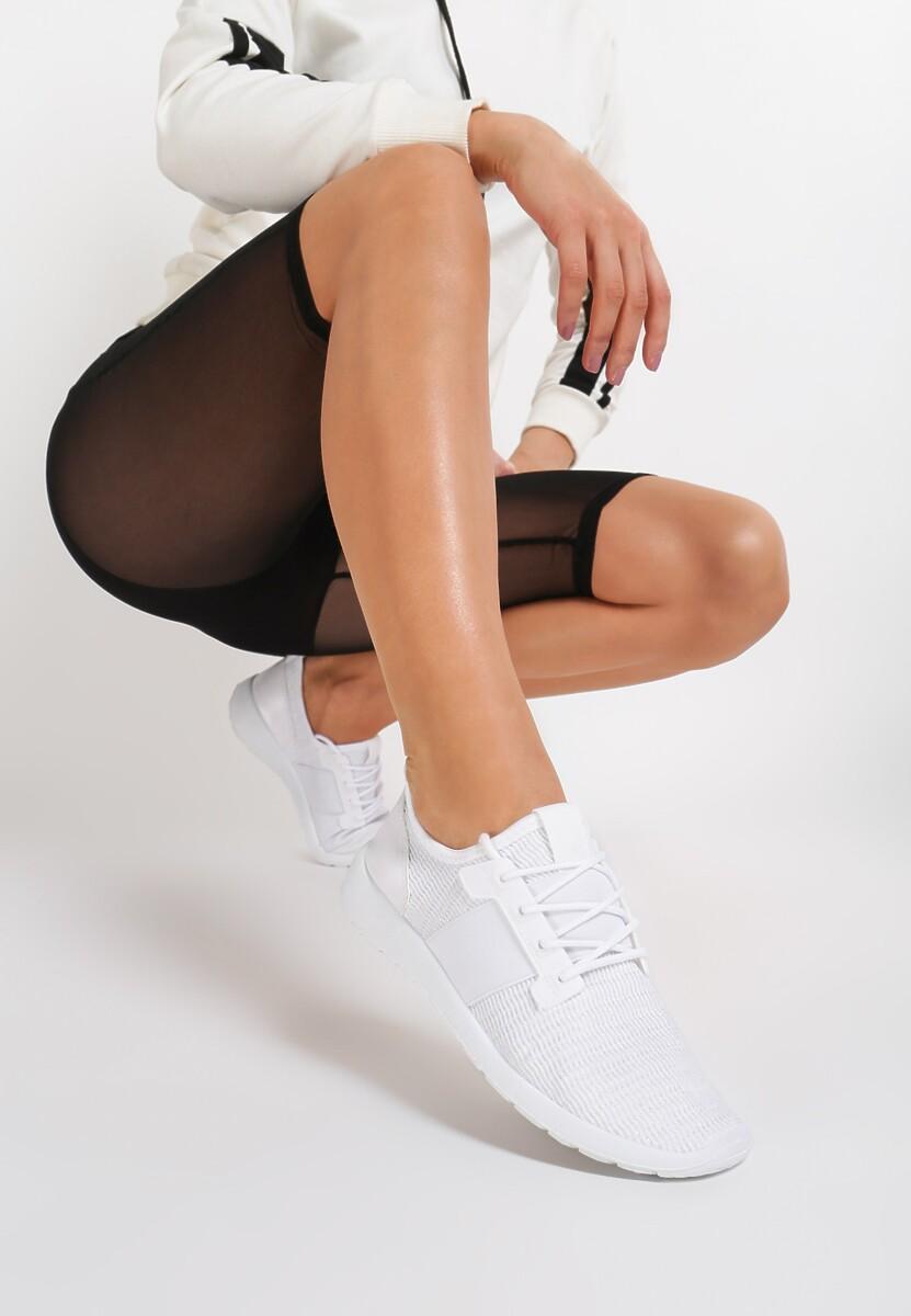 Białe Buty Sportowe Reasonably