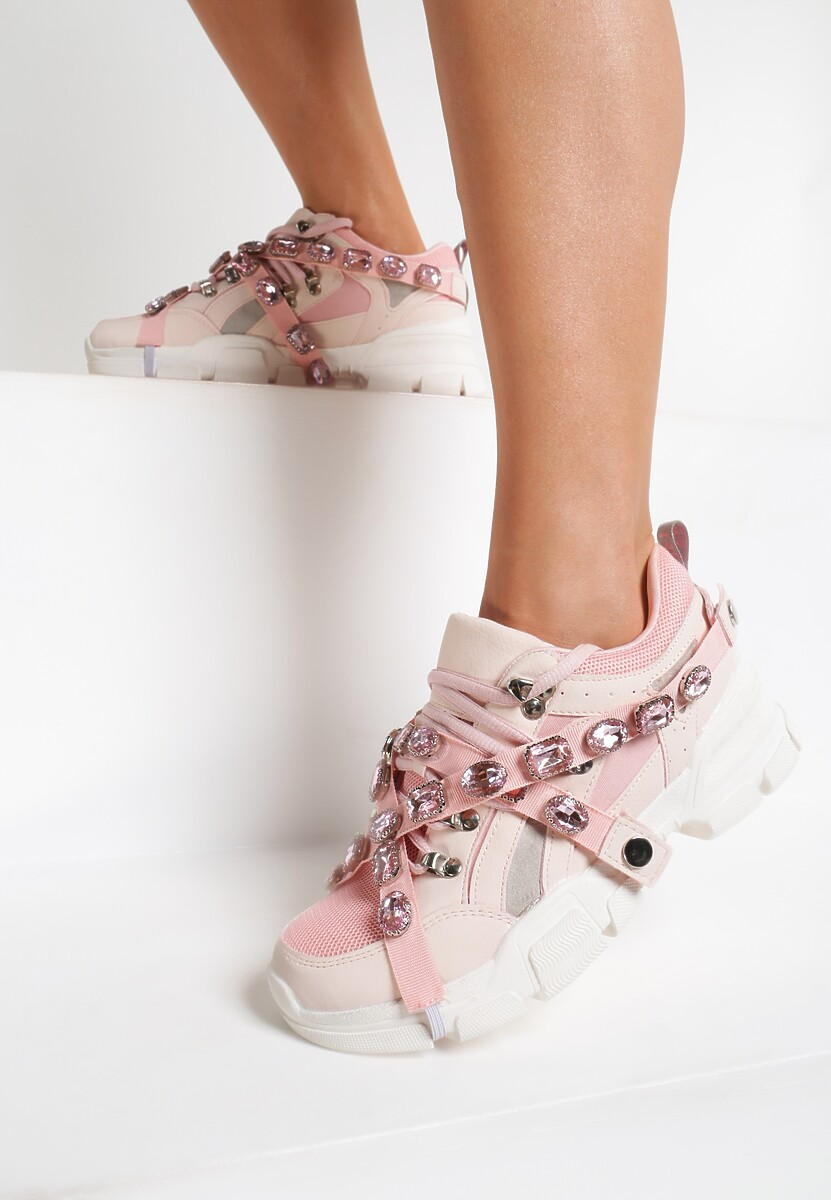 Różowe Sneakersy A Star Is Born