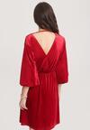 Czerwona Sukienka Truthfully