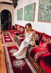 Biała Sukienka Buzzing