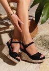 Czarne Sandały Discussion