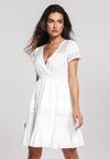 Biała Sukienka Intermit