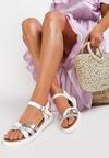 Białe Sandały Savagina