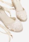 Beżowe Sandały Attractive