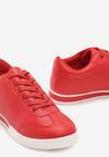 Czerwone Buty Sportowe Turning Away