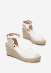 Białe Sandały Synatai