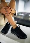 Czarno-Białe Sneakersy Yrelera