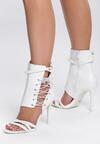 Białe Sandały Patient Love