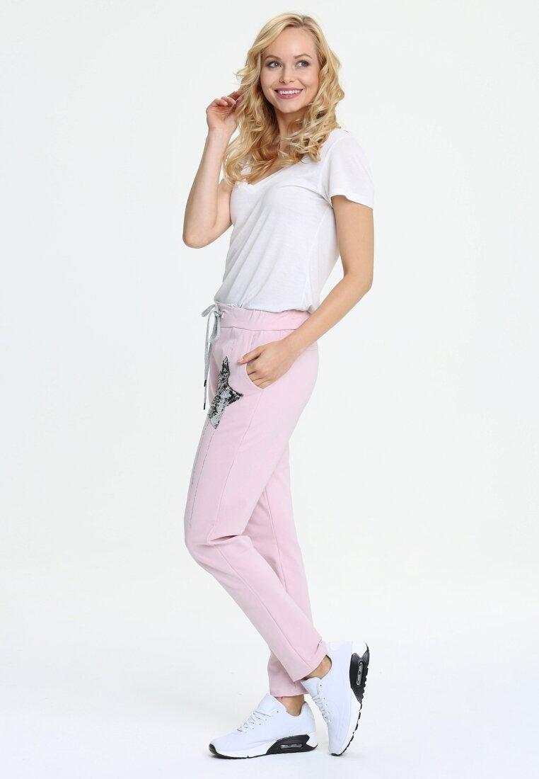 Różowe Spodnie Dresowe Star