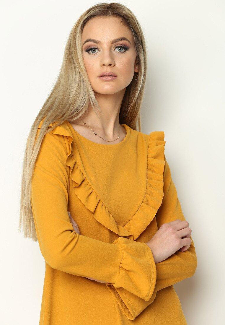 Żółta Sukienka Female