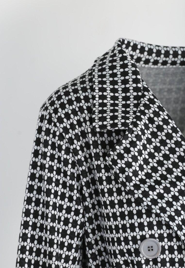 Czarno-Biały Płaszcz Foggy