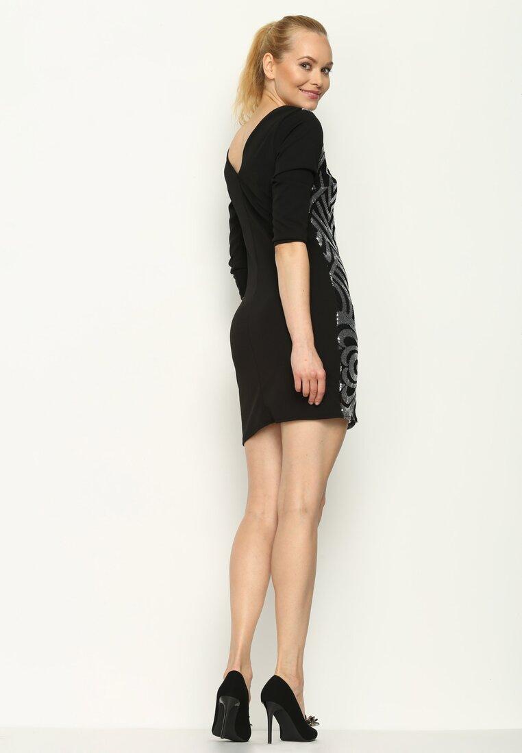 Czarno-Srebrna Sukienka Art Deco