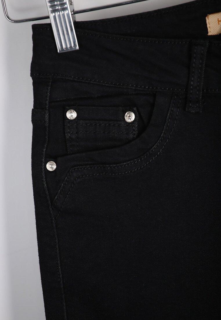 Czarne Spodnie Heaven