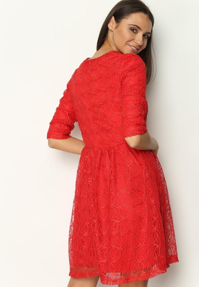 Czerwona Sukienka Do I Have To Dance