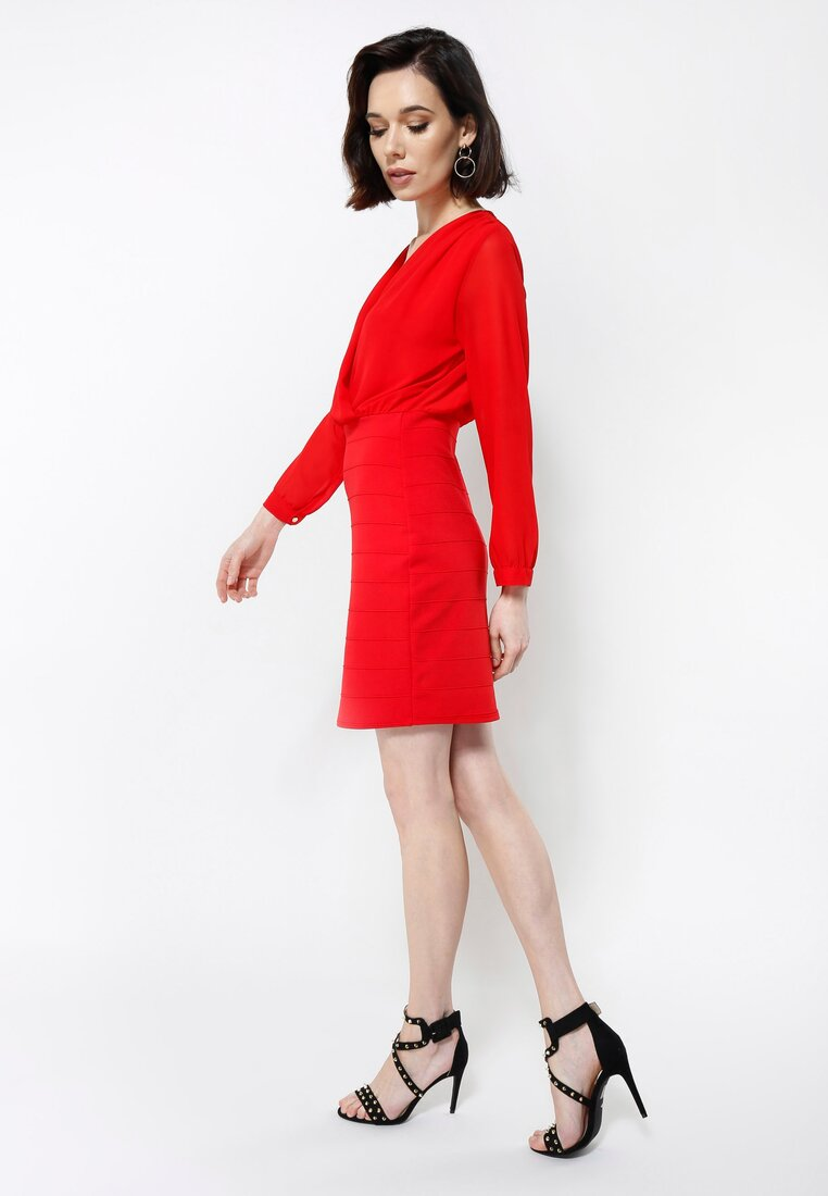 Czerwona Sukienka Neatness