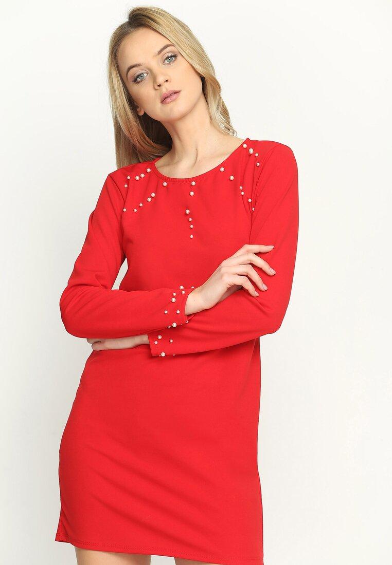 Czerwona Sukienka Trimming Pearl