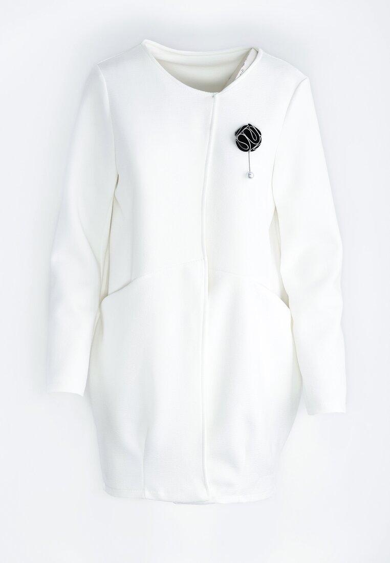 Biały Płaszcz Drove All Night