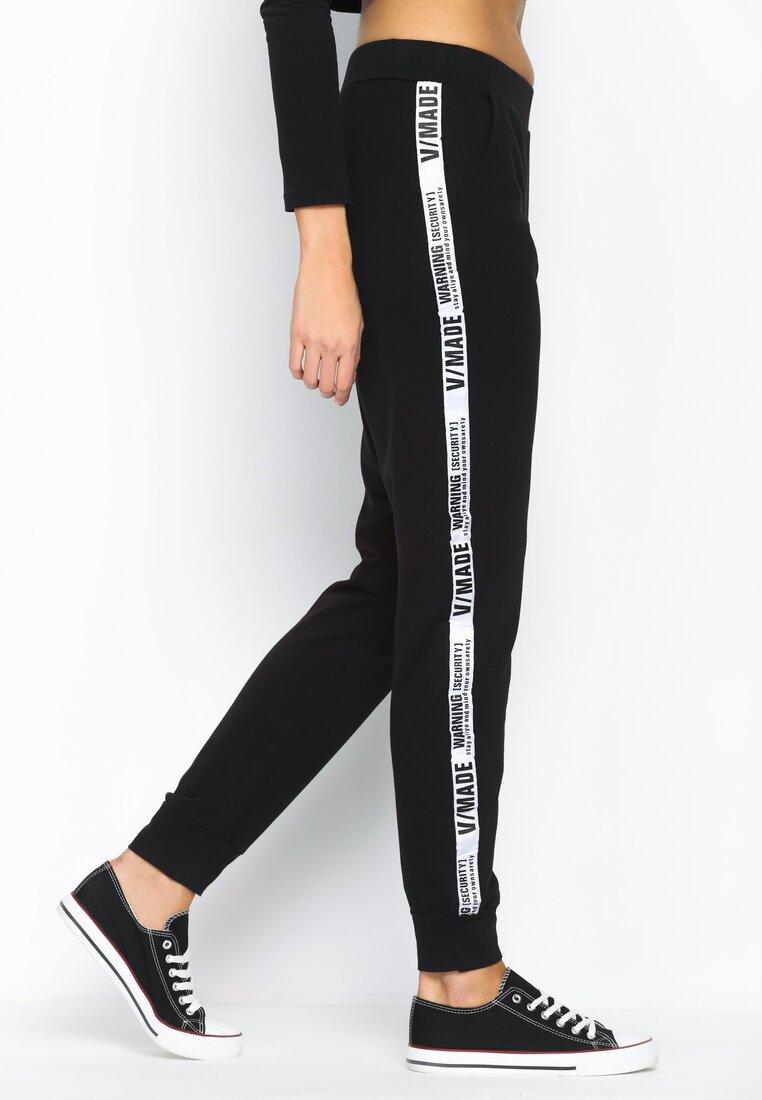 Czarne Spodnie Dresowe Cool And Calm