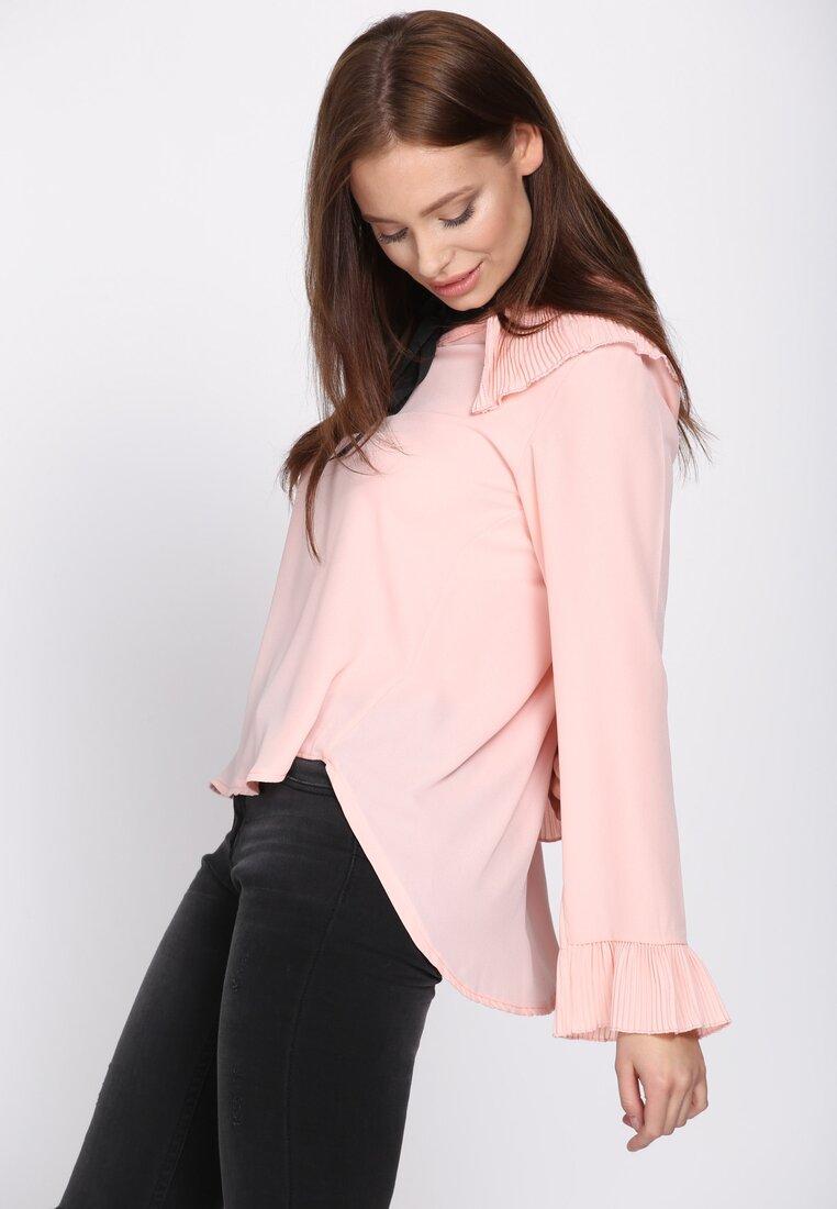 Różowa Bluzka Byword
