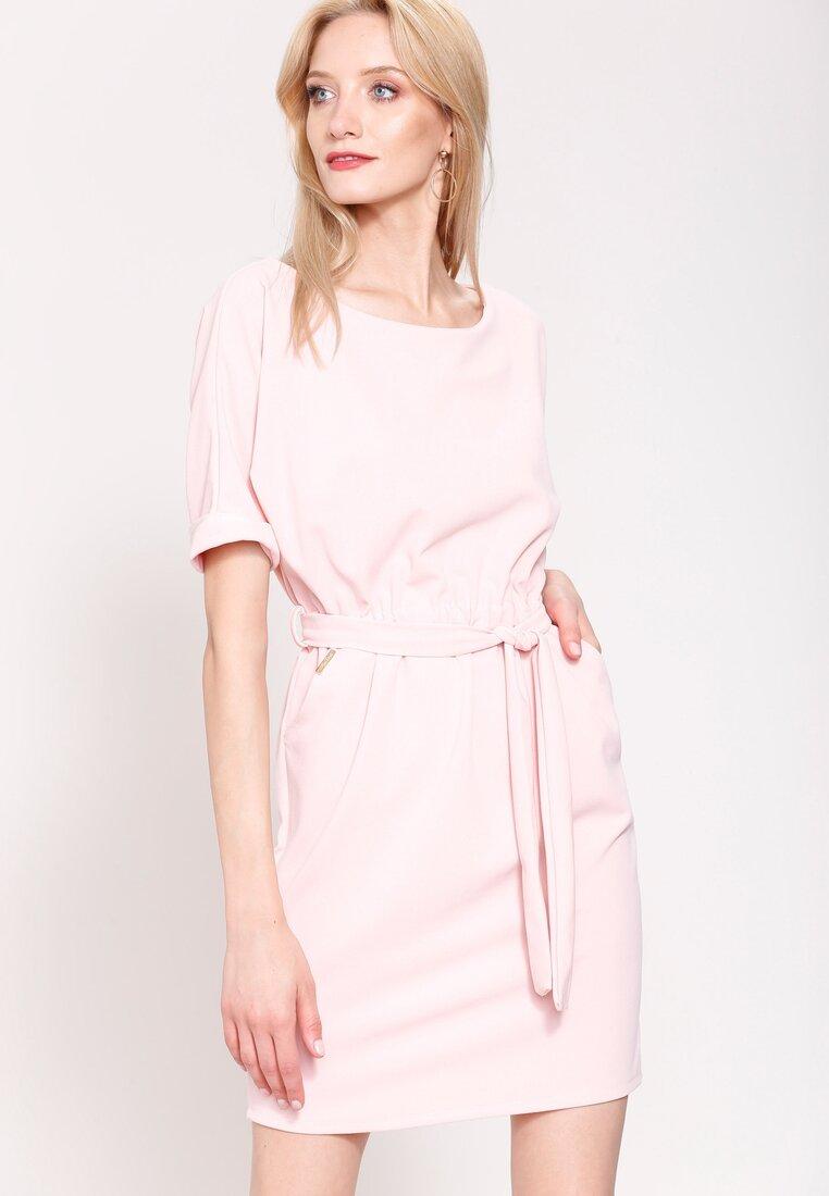 Różowa Sukienka Evening Walk