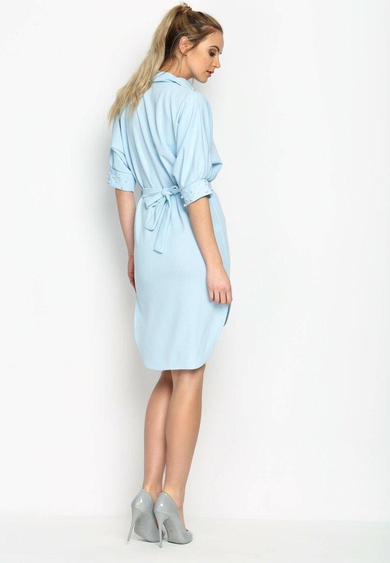 Niebieska Sukienka Around The Beat!