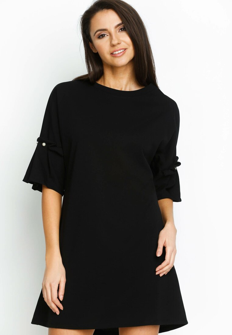 Czarna Sukienka Pleated Sleeves