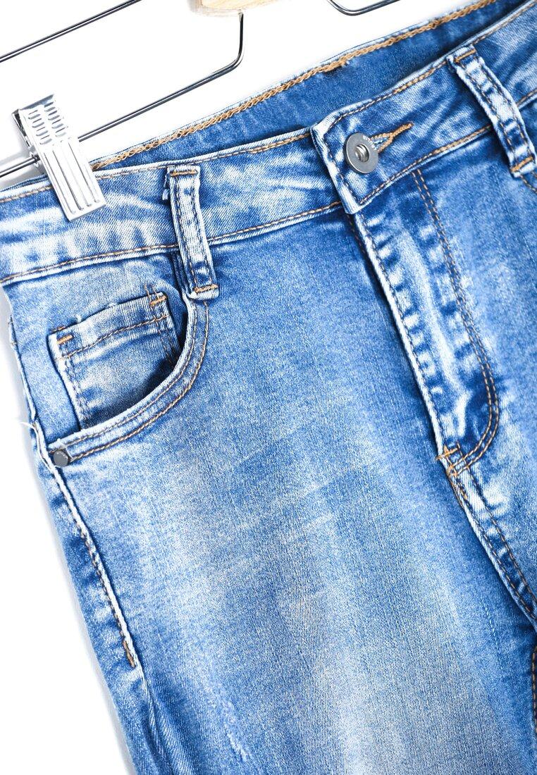 Niebieskie Jeansy Extrication