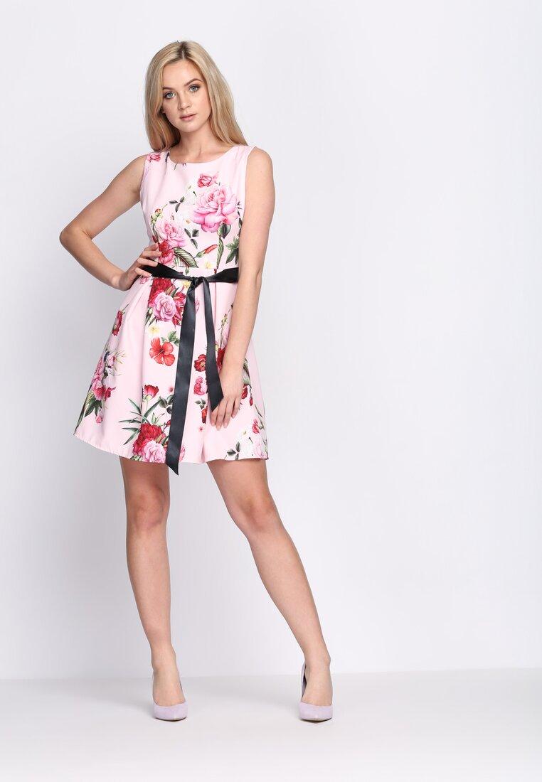 Różowa Sukienka Verbena