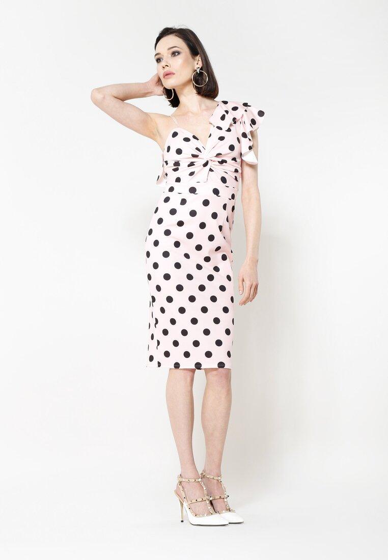 Różowa Sukienka Dalmatic
