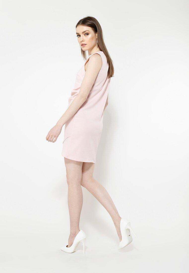 Różowa Sukienka Poematic