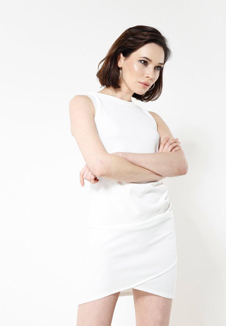 Biała Sukienka Poematic